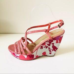Nine West Wedges pink red floral size 8M